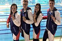 Na cenném bronzu se evropském šampionátu v Polsku podíleli také novojičínští ploutvaři Jakub Jarolím (vlevo) a Ondřej Dofek.