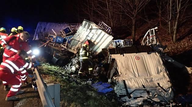 Dopravní nehoda v Návsí.