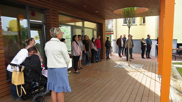 Nové oddělení školky v Jistebníku otevřeli slavnostně ve čtvrtek 23. září 2021.