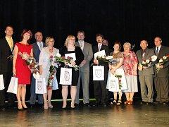 Vedení města Nový Jičín nedávno předalo čestná uznání osobnostem ze sociální oblasti, školství a kultury.