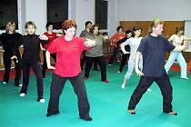 Správné cvičení Tai chi má léčebné účinky.