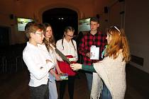 Vyhodnocení projektu Příběhy našich sousedů v Příboře se v úterý 20. března zúčastnily školy z Příbora a Frýdlantu nad Ostravicí.