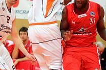 Dres basketbalového týmu Miltra Nový Jičín oblékne v nové sezoně zkušený americký rozehrávač Levell Sanders.