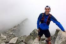 Zdeněk Hruškaz Tískusi během 24 hodin střihl výstup a sestup nejvyššího vrcholu Beskyd celkem čtrnáctkrát! Ultramaratonec, který v příští roce oslaví 30. narozeniny, skončil na závodu Renault Lysá Hora 24 hodin v konkurenci tisícovky závodníků druhý.