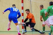 Futsalisté novojičínského TOP DOGS měli po prvním poločase nakročeno k prodloužení série, ale nakonec doma prohráli 3:5 a z postupu do semifinále se tak radovala Opava.