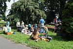 Park Edvarda Beneše v Kopřivnici byl před koronavirovou dobou tradičním místem férových snídaní nebo akci Restaurant day.
