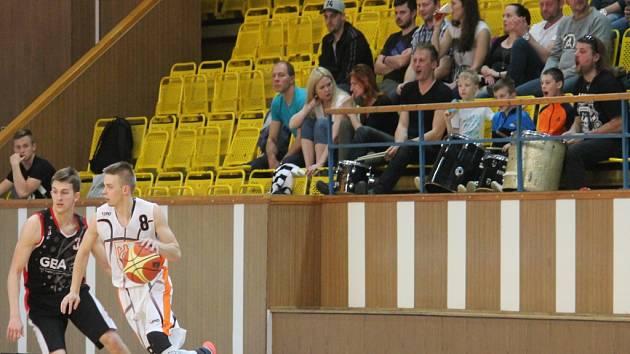 BASKETBALISTY Nového Jičína čeká v neděli druhé domácí utkání, ve kterém vyzvou béčko Opavy.