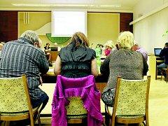 Oderští zastupitelé na svém zasedání. Ilustrační foto.
