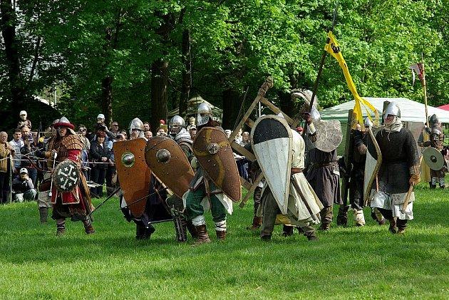Další historická bitva bude k vidění na Novojičínsku. V sobotu 7. května se odehraje v areálu kunínského zámku.