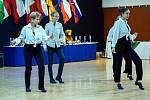 Skupina Thara reprezentující kopřivnické Taneční centrum přivezla ze Světové taneční soutěže federace WADF také kovy nejcennější.
