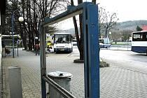 Oderské autobusové nádraží je jednou z lokalit, kde platí alkoholová vyhláška.