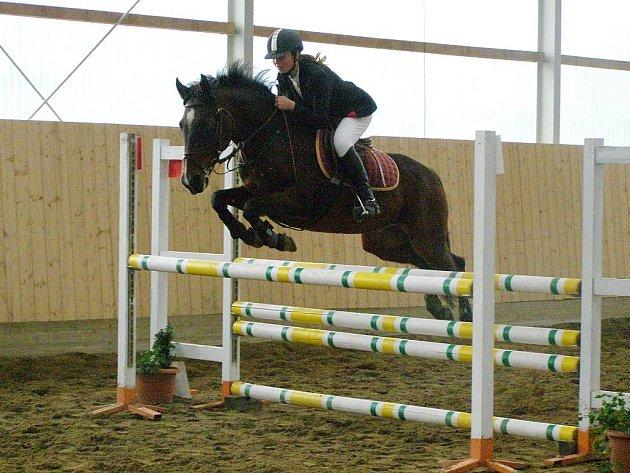 Domácí Lucie Strnadlová s koněm Mario 2 obsadili druhou příčku v kategorii SP.