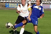 Kapitán FK Nový Jičín Lukáš Bajer v akci.