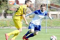 Slovák Pavol Ilko (vpravo) se dvěma góly výrazně podílel na sobotní novojičínské výhře 3:1.