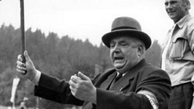 Manažer Alfréd Neubauer.