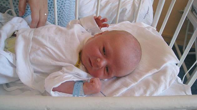 Dominik Štefek, Nový Jičín, nar. 22. 8. 2011, 51 cm, 3,70 kg, nemocnice Nový Jičín.