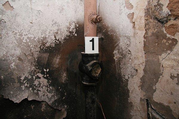 Policejní fotodokumentace ktragickému výbuchu ve Frenštátě pod Radhoštěm.