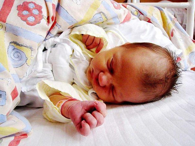 Amelie Burgertová, nar. 30. 9. 2010, 51 cm, 3, 65 kg, Štramber, nemocnice Nový Jičín.