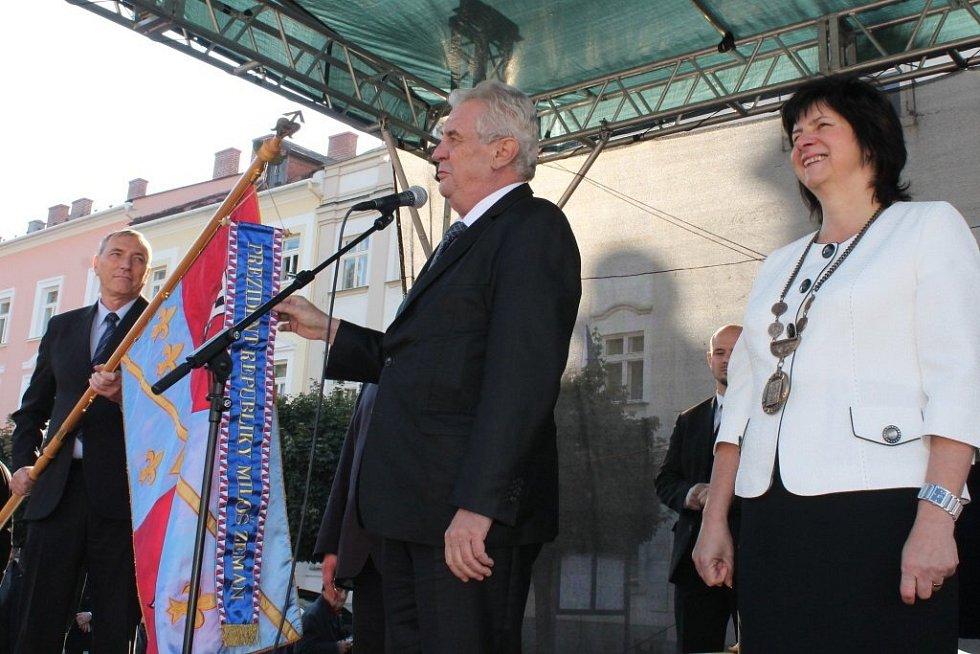 Prezident Zeman při návštěvě a setkání s obyvateli Fulneku.