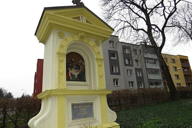Křížová cesta ve Frýdku.