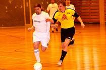 Futsalová Frensport 1. okresní třída má před sebou již jen jediný turnaj, který rozhodne o postupujících, ale i těch, kteří se soutěží budou muset rozloučit.