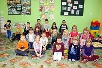 Na fotografii jsou prvňáčci ze Základní a Mateřské školy Libhošť.