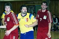 Více než pětinu všech branek Kopřivnice v základní části Zubr extraligy obstaral jediný hráč. Jiří Gřes nastřílel 135 gólů a stal se nejlepším českým kanonýrem.