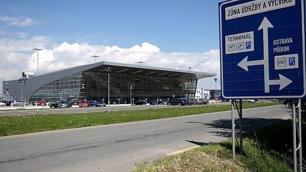 Letiště Leoše Janáčka v Mošnově, mošnovská průmyslová zóna.