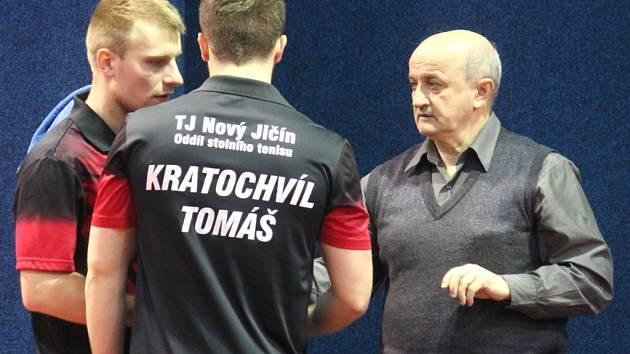 DRUHOLIGOVÍ stolní tenisté Nového Jičína vyzvou v sobotu v domácím prostředí prvoligovou pražskou Spartu.