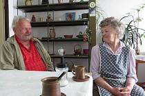 Manželé Martin a Anna Jochcovi vzpomínali na svou svatbu, kterou poznamenala měnová reforma.