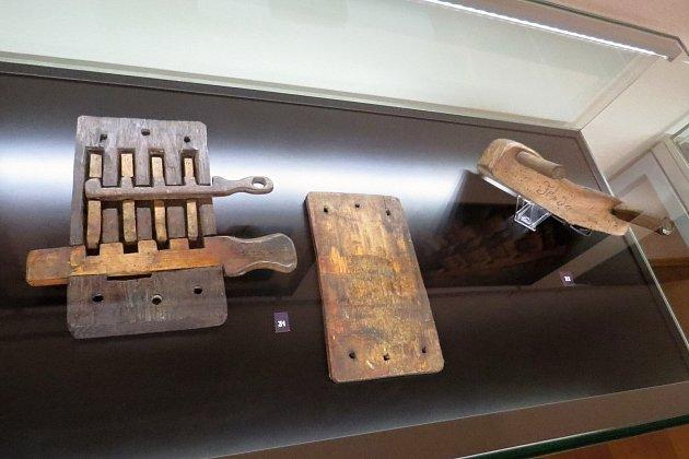 Na výstavě Dřevěný svět, která je kvidění od soboty 26.června 2021vCentru tradičních technologií vPříboře, je vystaveno šest desítek zajímavých exponátů.