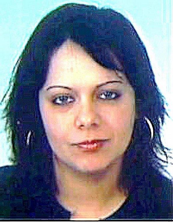 Pohřešovaná Veronika Bársonyová.