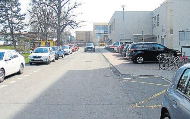 Ka zranění ženy mělo dojít v tomto místě - nedaleko kopřivnického vlakového nádraží.