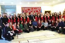 Sbor Datio ze Střední pedagogické a střední zdravotnické školy sv. Anežky České v Odrách má za sebou krásné a úspěšné koncertní turné.