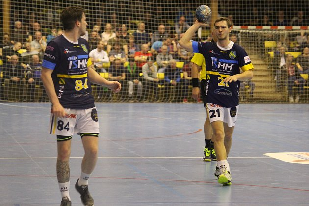 Vysoká porážka. Kopřivnici nepomohlo ani pět gólů Jana Hanuse (vlevo) a dvě branky Patrika Fulneka. Foto: Region/archiv