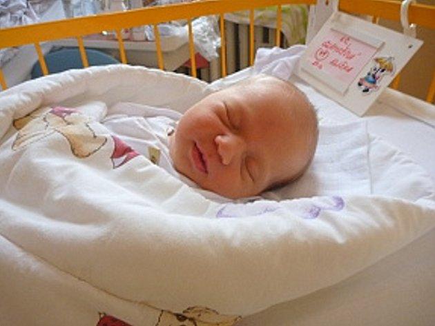 ELIŠKA GLAMOŠOVÁ, Kopřivnice, nar. 27. 12. 2012, 50 cm, 3,23 kg. Nemocnice Nový Jičín.