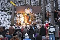 Štramberský živý Betlém patří již dlouhá léta k vyhledávaným atrakcím. I tento ročník navštívily desítky lidí, aby se i oni mohli účastnit oslav narození Krista.