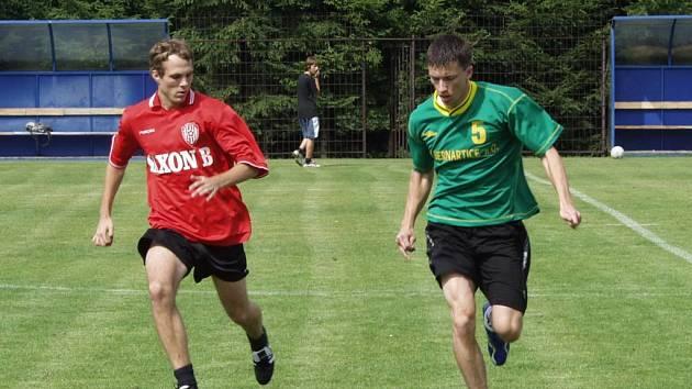 První letní turnaj v malé kopané se odehrál o víkendu v Jakubčovicích nad Odrou. Turnaje se zúčastnilo patnáct družstev a titul pro nejlepšího si odvezli Loupežníci, kteří ve finále porazili týmy Cunny 3:1.