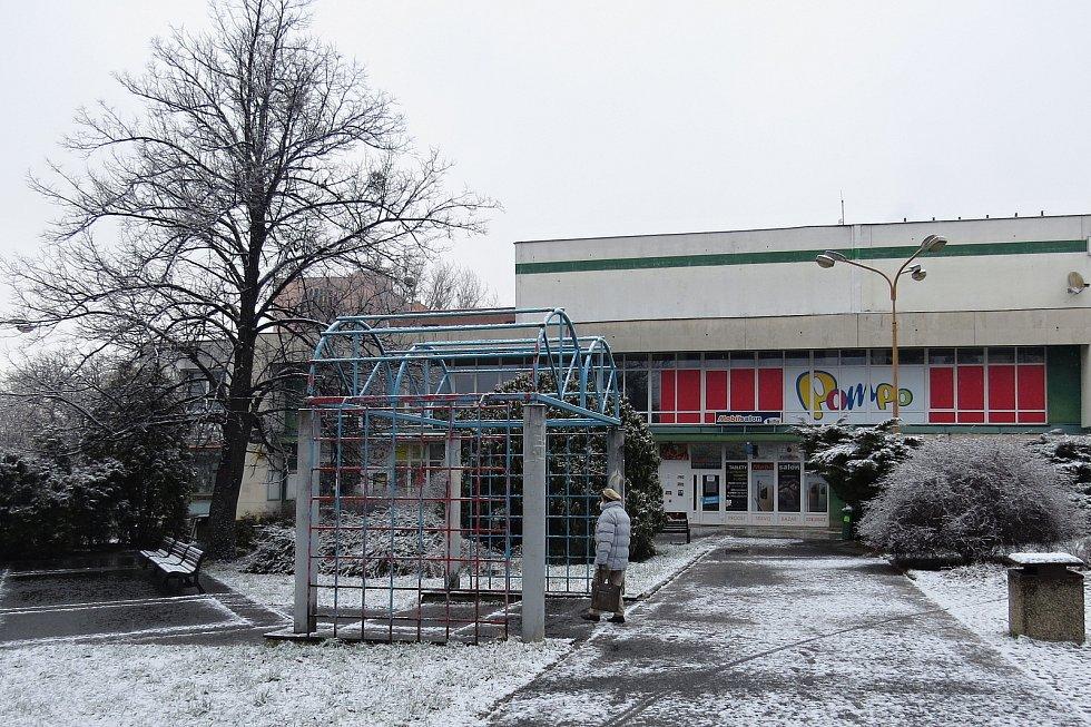V Kopřivnici už začaly práce na projektu Revitalizace centra města Kopřivnice. Takto to vypadalo v centru města a jeho okolí v úterý 16. března 2021 dopoledne.