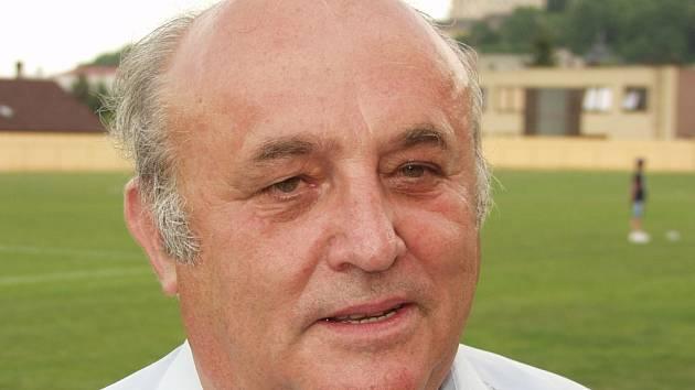 V sobotu se objevil fulnecký starosta Josef Dubec na fotbale letos poprvé.