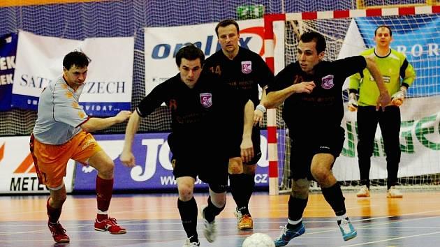 tkání semifinále play off futsalové ligy Jistebník - Eco Investment Praha 7:8 po prodl.
