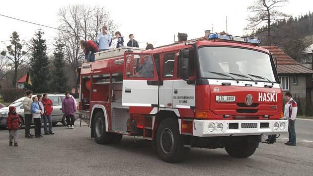 Novou citernu pořídili, díky dotacím, již loni také kopřivničtí dobrovolní hasiči.