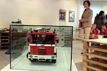 lustrační foto. Z výstavy Svět kostiček v technickém muzeu Tatra Kopřivnice.