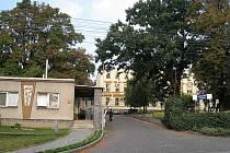 Bílovecká nemocnice žaluje VZP. Pojišťovna totiž odmítla uhradit zálohové platby..
