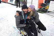 Pavel Děcký s manželkou v cíli závodu.