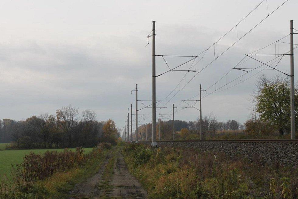 Krádež dva kilometry dlouhého vedení musela zabrat pachatelům několik hodin.