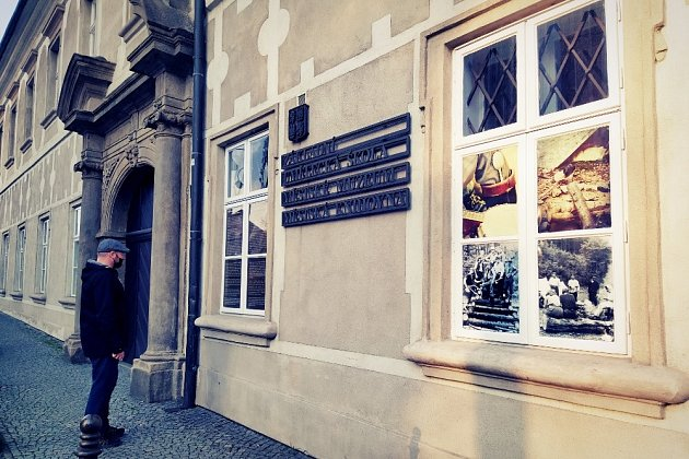 Tramping na Příborsku je okenní covidová verze velké výstavy.