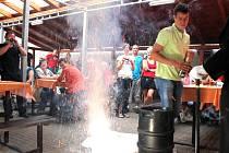 Vlastní pivo s názvem Zobák začal v pátek 17. srpna oficiálně prodávat provozovatel restaurace U Holubů v Bílovci Petr Holub.