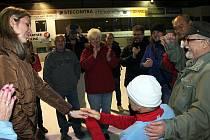 Karel Ligocki absolvoval nonstop čtyřiadvacetihodinový maraton na bruslích na ledě novojičínského zimního stadionu.