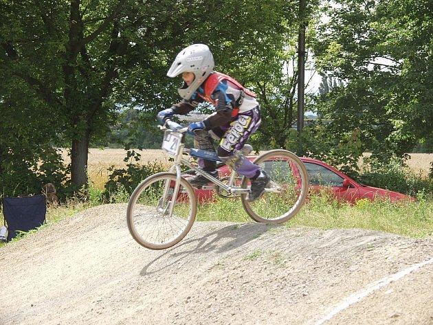 Klub AMK BMX Studénka pořádal volný závod plus závod náborový pro milovníky bikrosu.